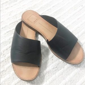 Dolce Vita Black Leather Sandals Size-7 1/2